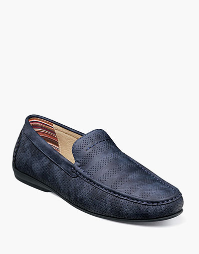 Cirrus  in Navy for $70.00
